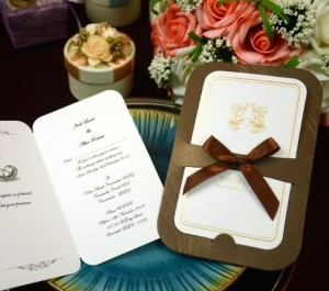 luxury-wedding-cards-wedding-invitations-include-envelope-customised-printing-wedding-favors-free-shipping-in-uae